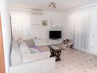 Holiday home 164059 - Holiday apartment 165934