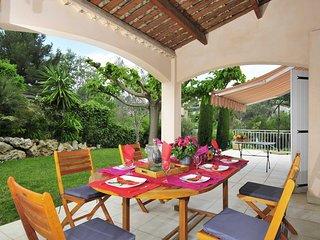 Plaine de la Brague Villa Sleeps 8 with Air Con and WiFi - 5238414