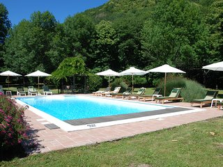 Lespinassiere Villa Sleeps 12 with Pool and WiFi - 5238527