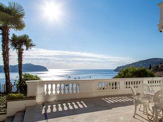 Villefranche-sur-Mer Villa Sleeps 12 with Air Con and WiFi - 5238543