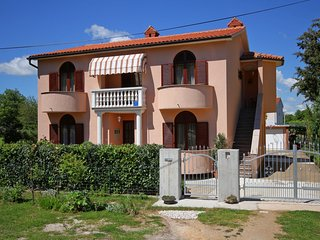 Holiday home 160572 - Holiday apartment 158721