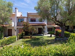Villa Jardin - 8 min. To The Beach, Great Garden
