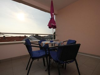 Novalja Apartment Sleeps 4 with Air Con - 5465953