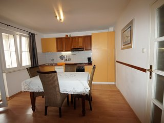Holiday home 140046 - Holiday apartment 117640