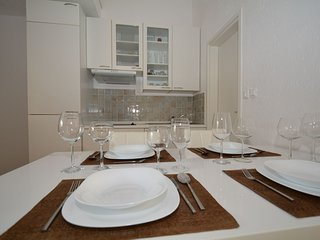 Holiday home 144516 - Holiday apartment 128453