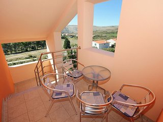 Vlasici Apartment Sleeps 3 with Air Con and WiFi - 5469422