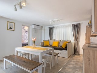 Holiday home 181863 - Holiday apartment 230103