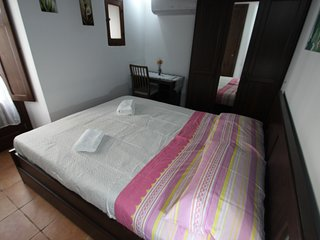 Camilla, split level apartment