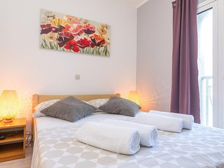 Novalja Apartment Sleeps 4 with Air Con - 5791583