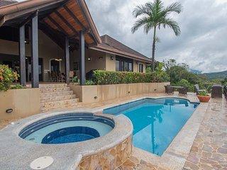 Casa Aventura Ocean View Luxury (no 4x4 needed)