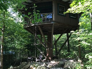 The Magical Treehouse - Perfect for Couples!