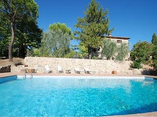 Montepescini Farmhouse Sleeps 4 with Pool Air Con and WiFi - 5711284
