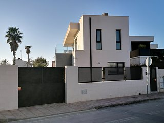 Casa Blanco - Luxury Detached Villa
