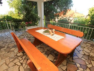 Orebic Apartment Sleeps 6 with Air Con and WiFi - 5469956