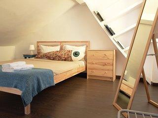 Povoa de Manique do Intendente Apartment Sleeps 8 with Free WiFi - 5767221