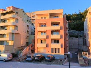 Makarska Apartment Sleeps 3 with Air Con - 5766773