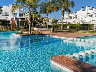 Beautiful apartment in Alhama de Murcia w/ Outdoor swimming pool, WiFi and 2 Bed