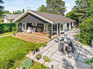 Awesome home in Hornbæk w/ 2 Bedrooms (G4538)