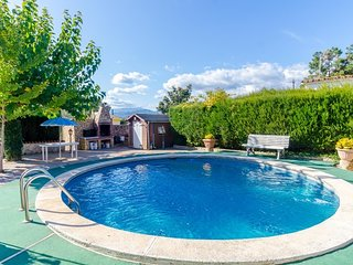 Franciac Villa Sleeps 5 with Pool - 5568928