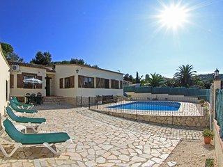 Calonge Villa Sleeps 8 with Pool Air Con and Free WiFi - 5509456