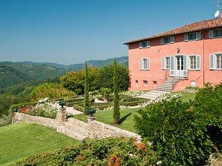 La Querce Villa Sleeps 13 with Pool and WiFi - 5696077