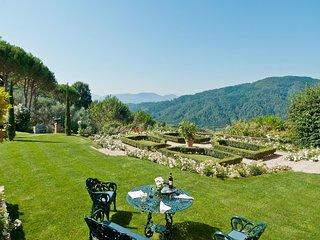 La Querce Villa Sleeps 8 with Pool and WiFi - 5696051