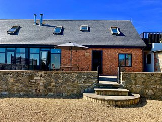 Stunning Dog Friendly Barn Conversion on a Working Farm, Sleeps 6.