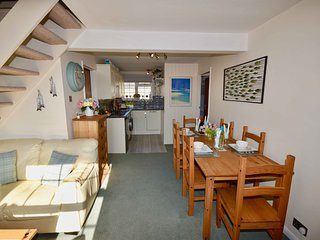 Harbour Life Dog welcoming Yarmouth First Floor Apartment, sleeps 4