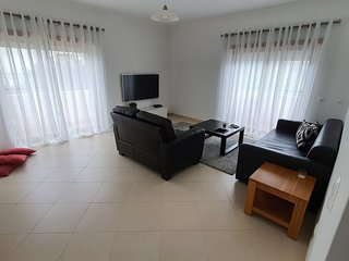 Apt. HeMa, lovely two bedroom apartment in a quiet area of Lagos