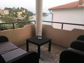 Rab Apartment Sleeps 5 with Air Con - 5463630