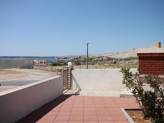Franjevica Apartment Sleeps 5 with Air Con and WiFi - 5465647