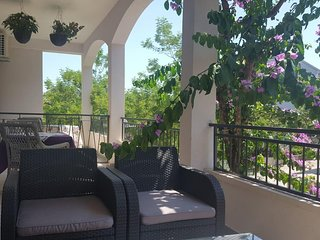 Makarska Apartment Sleeps 6 with Air Con - 5830662