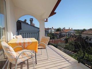 Rovinj Apartment Sleeps 4 with Air Con - 5467040