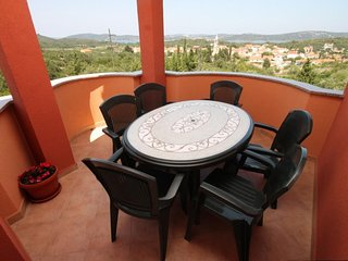 Bozava Apartment Sleeps 6 with Air Con - 5467906