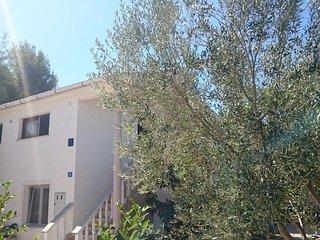 Vir Apartment Sleeps 2 with Air Con - 5471591
