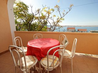 Franjevica Apartment Sleeps 5 with Air Con and WiFi - 5469518