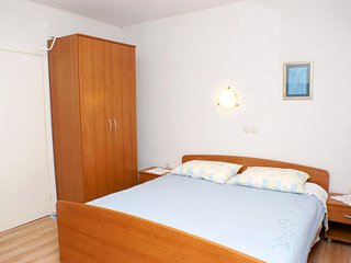 Novalja Apartment Sleeps 2 with Air Con - 5459025