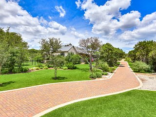 THE ABOVE LUXURY RANCH ESTATE