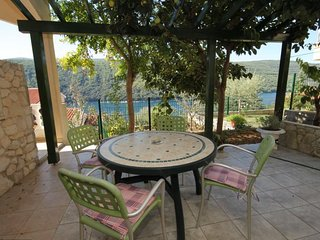 Hrvatini Apartment Sleeps 4 with Air Con and WiFi - 5461591