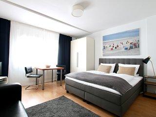 Bis-4412 . Studio Apartment im Belgischen Viertel