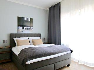Bis-4454 . zentrales Apartment im Belgischen Viertel