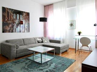 Hoz-5610 · Ruhige Wohnung direkt am Friesenplatz