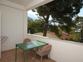 Carevici Apartment Sleeps 4 with Air Con and WiFi - 5466427