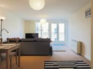 Open plan apartment near Canterbury East Station