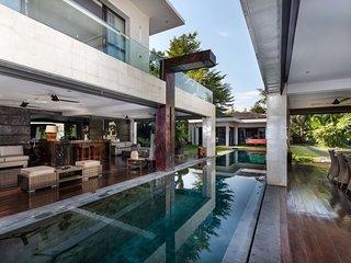 Beautiful Villa with Private Pool, Bali Villa 2001
