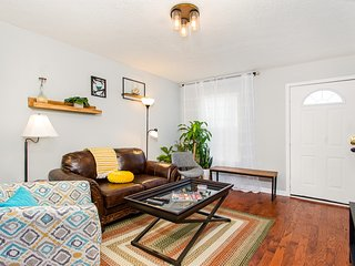 Stylish, dog-friendly home in East Nashville w/ large yard, patio & WiFi!
