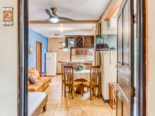 Family-friendly room w/shared pool & A/C - close to Flamingo Beach and Conchal!