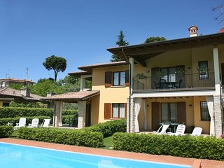 Casalmorano Apartment Sleeps 4 with Pool Air Con and WiFi - 5711524