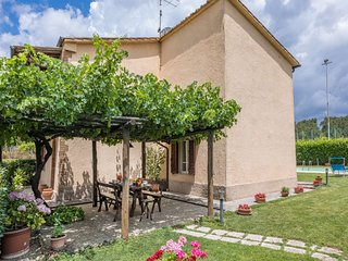 Scalvaia Villa Sleeps 8 with Pool and WiFi - 5711279