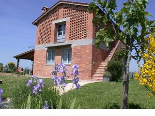 Area Produttiva Isola d'Arbia Villa Sleeps 6 with Pool and WiFi - 5711131